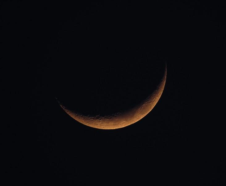 new-moon-1146006_1280